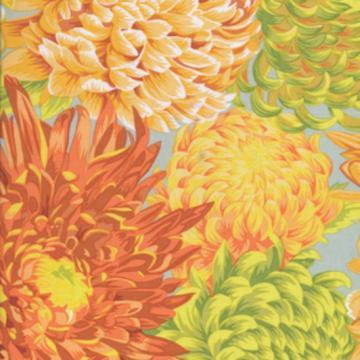 Chrysanthemen in gelb grün orange auf hellgrau von Philip Jacobs