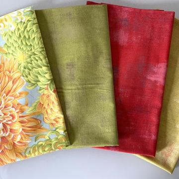 Kaffe Fassett Paket  Chrysanthemen gelbgrün/orange auf hellgrau