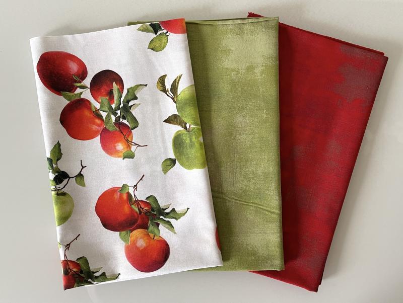 Stoffpaket grüne Äpfel auf hellcreme
