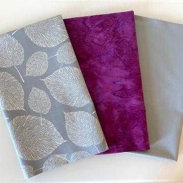 Stoffpaket silberne Blätter auf grau